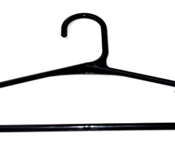 Cabide adulto na cor preta